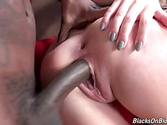 Madelyn Monroe Likes To Feel Black Rod In Her Ass 2